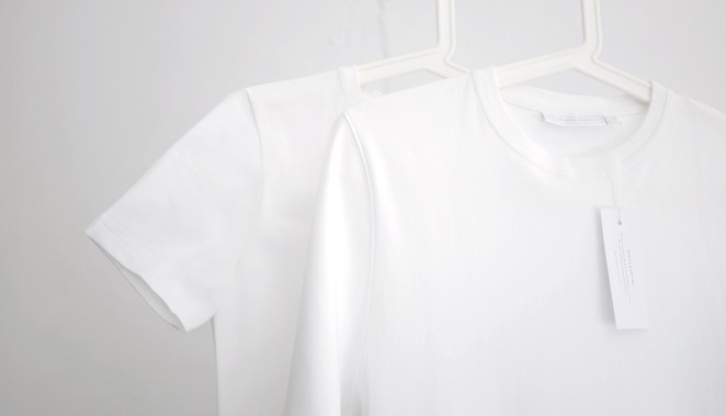 white-t-shirt-co-hanging-rail