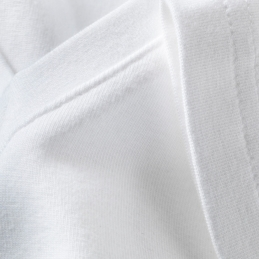 Men's white fitted short sleeved V neck t-shirt | stitching close up