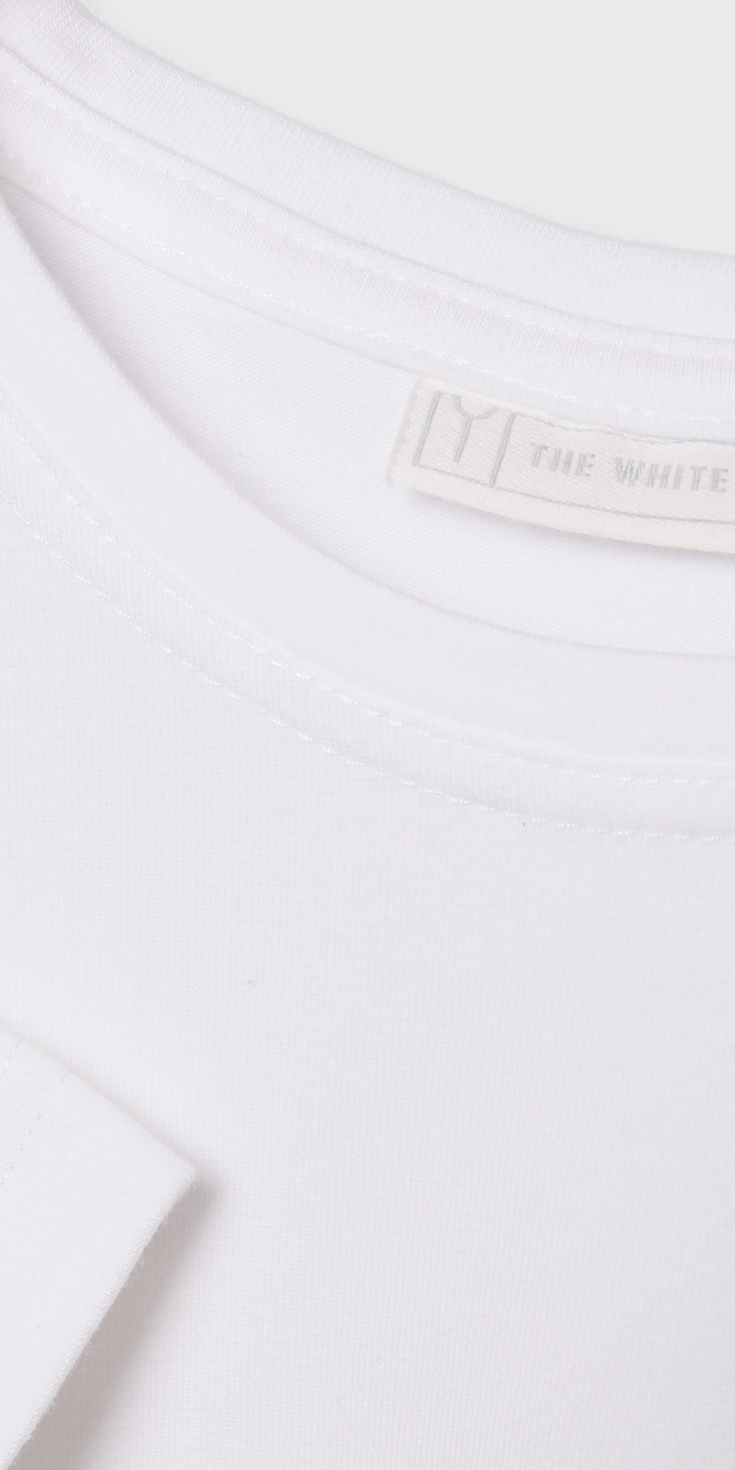 Men's organic white long sleeve crew neck t-shirt | stitching detail